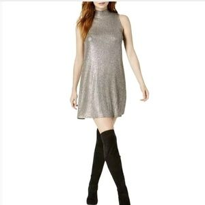 KENSIE Gorgeous metallic shift dress w stretch